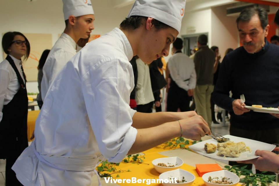 ischool-high-scuola-superiore-bergamo-chef-pizza-quadriportico-domus