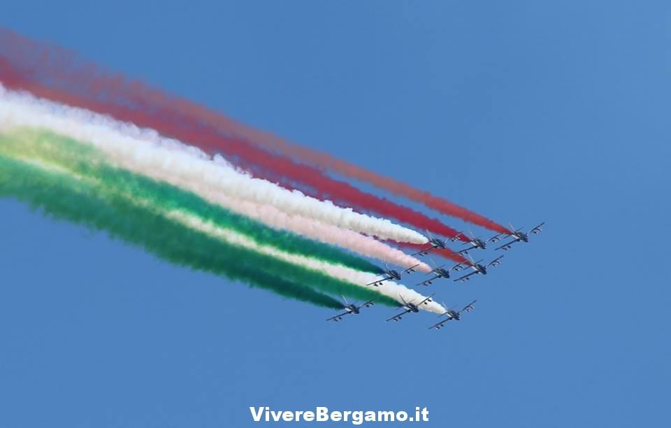 Frecce tricolori Lovere
